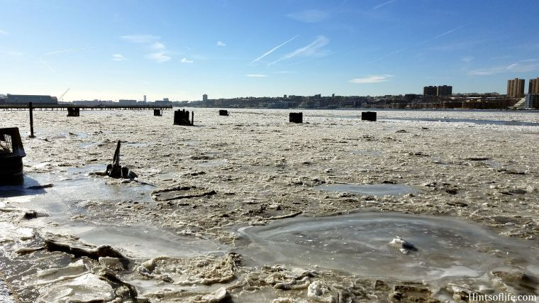 Frozen Hudson River.1